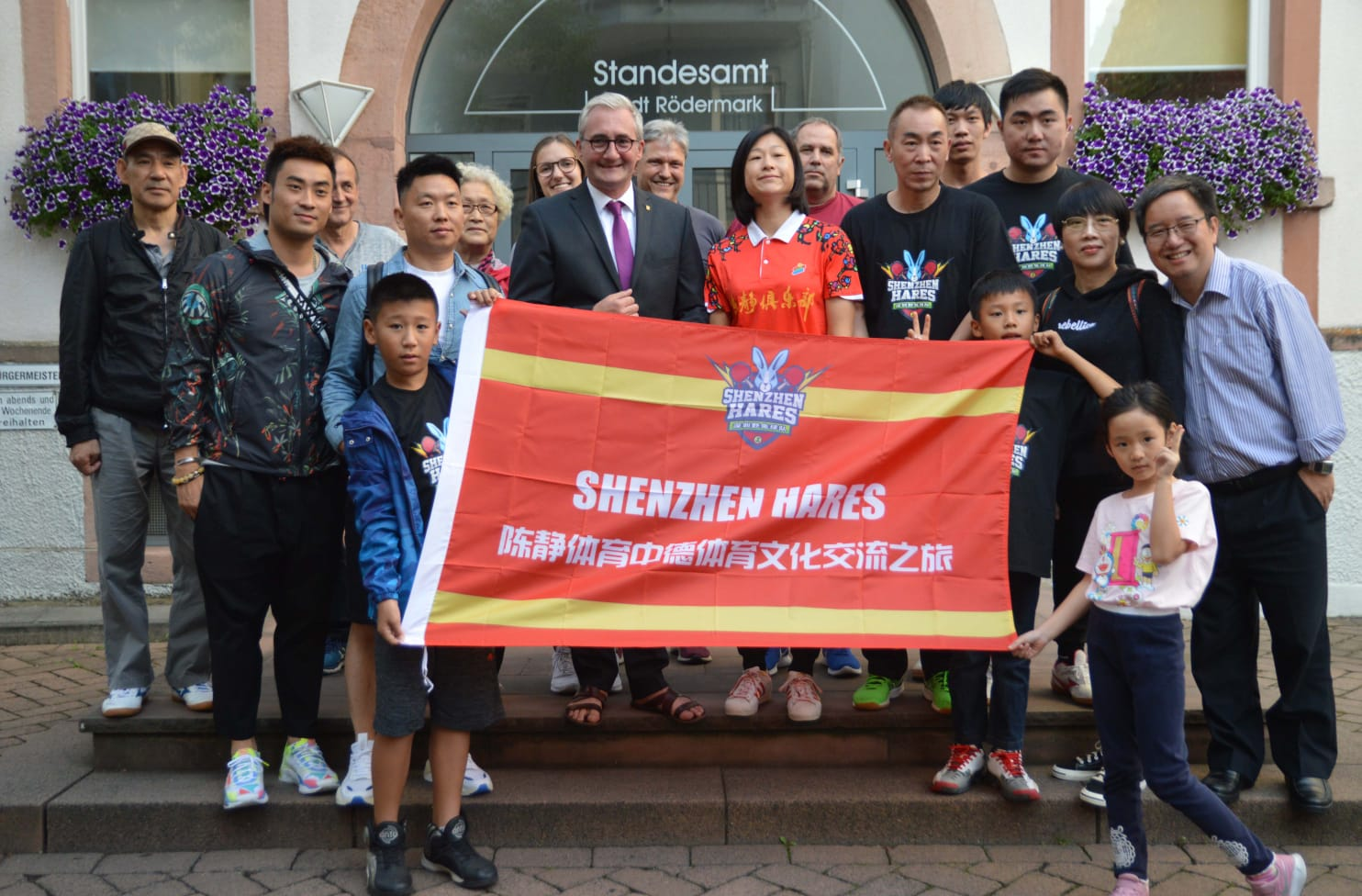 Tischtennisclub DJK trifft auf Tischtennisspieler aus China